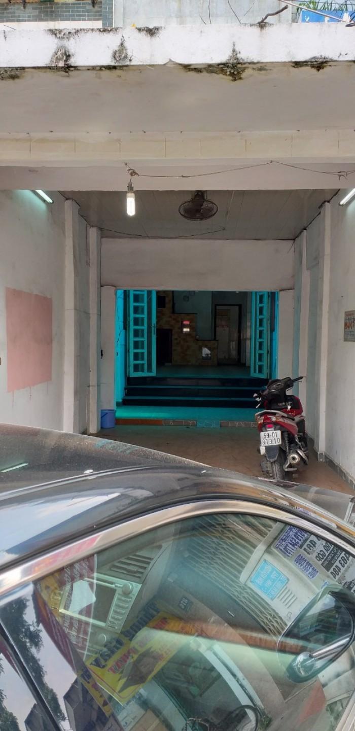 Bán MT Nguyễn Kiệm 3.5 x 25m đúc 3 tầng cực đẹp giá đầu tư