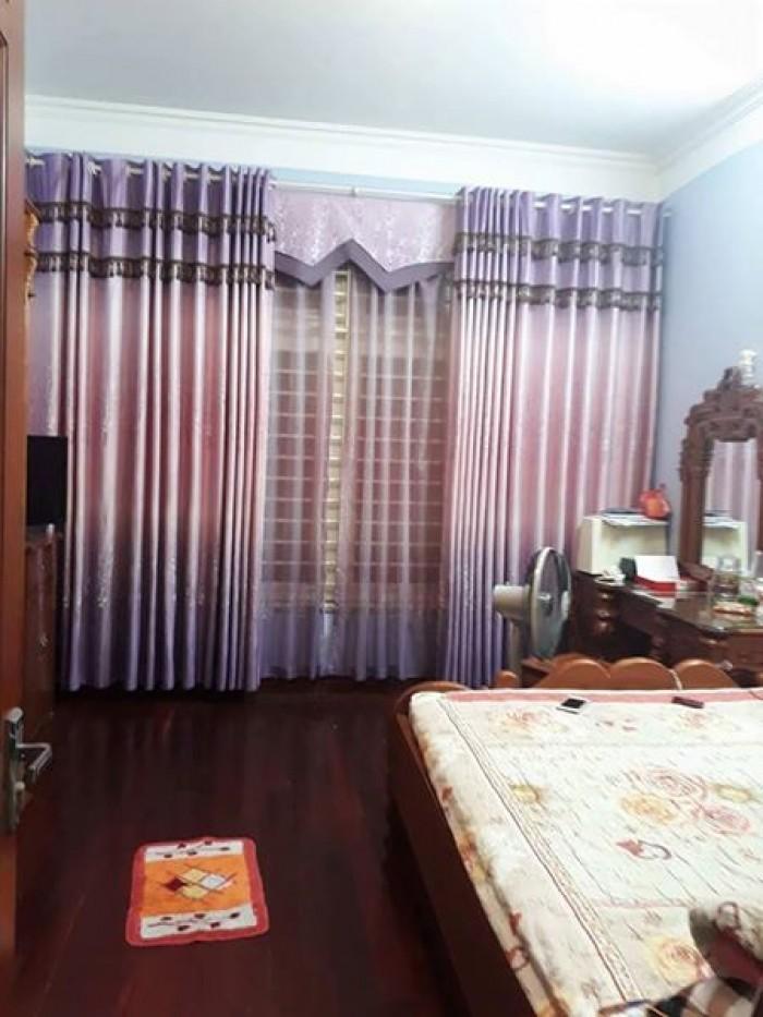 Bán nhà riêng phố Thịnh Quang 5 tầng mặt tiền 4,65m