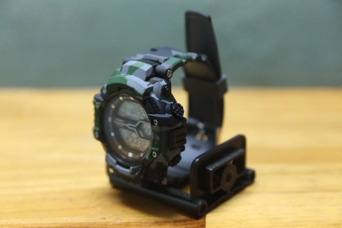 Đồng hồ quân đội chống nước cực tốt có đèn LED3