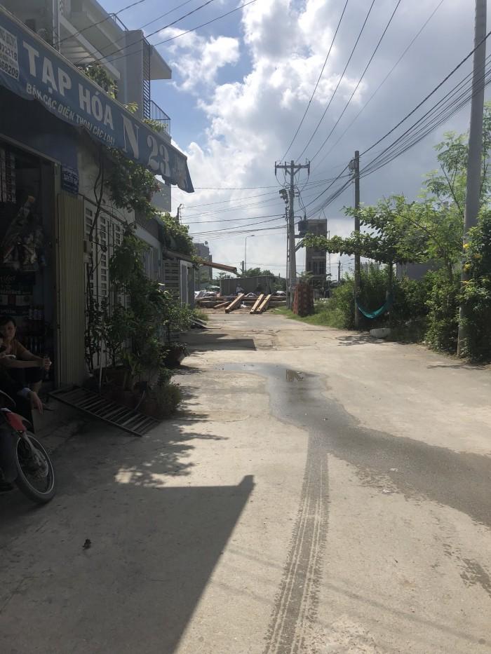 Cần bán 840m đất thổ cư MT Hoàng Hữu Nam ngay bệnh viện Ung Bướu Q9, DT 28mx26m