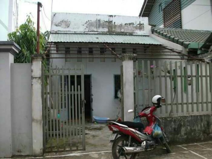 Bán gấp nhà cấp 4 đường Bà Triệu Hóc Môn