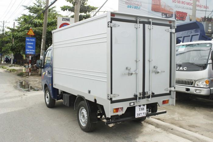 mua xe tải tata 1t25 thùng kín inox 9