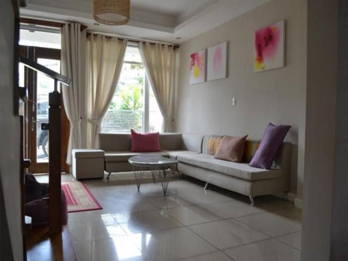 Có ngay nhà đẹp gần Khương Trung, DT 28m, 4 tầng thiết kế sang trọng chỉ việc vào ở.