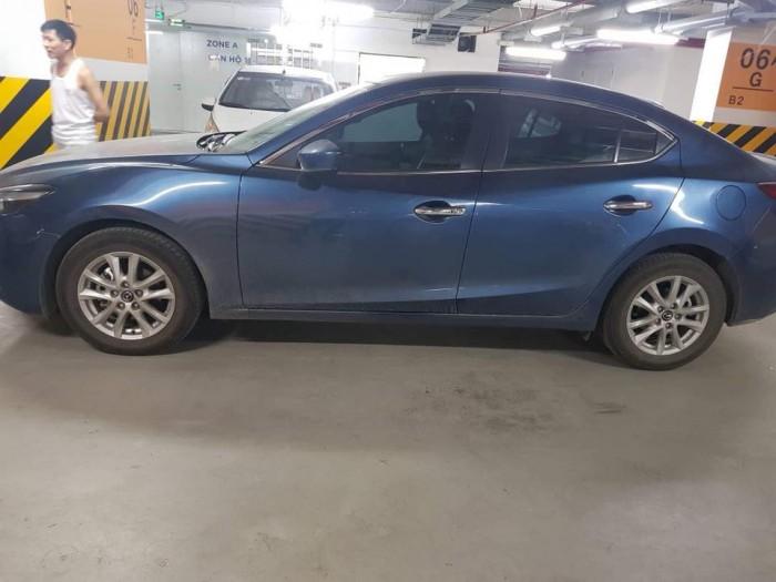 Do không có nhu cầu sử dụng cần bán Mazda3 đk 8/2017, số tự động, màu xám xanh. 1