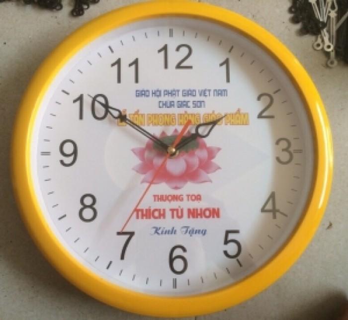 Đồng hồ treo tường tròn16