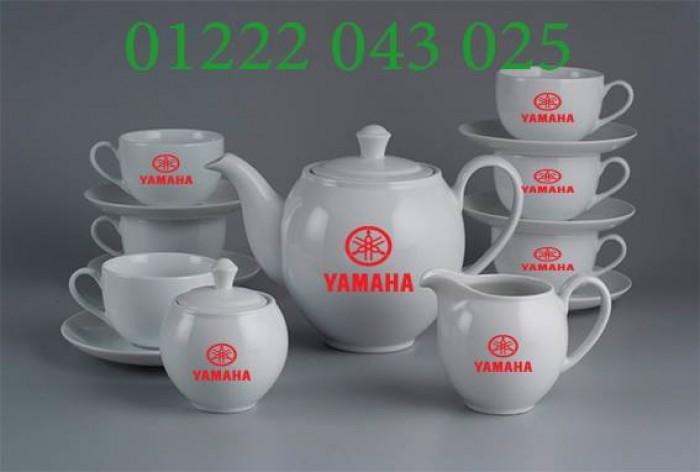 Mua quà tết cho khách hàng Ấm chén trà in logo giá gốc