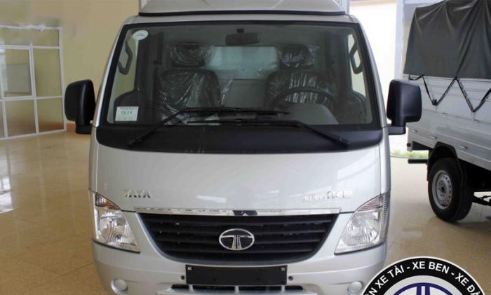 Xe Tata 1.2T thùng kín, tiêu thụ 5l/100km, KM 2% phí trước bạ