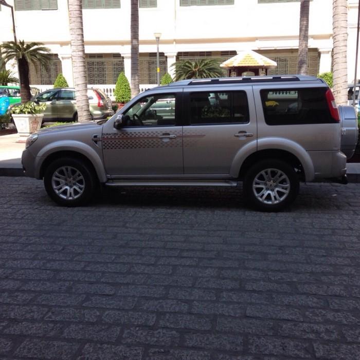 Cần bán xe Ford Everest 2014 tự động 1