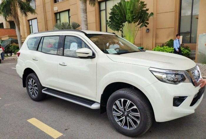 Nissan Terra 7 chỗ nhập khẩu nguyên chiếc tại Thái Lan 6