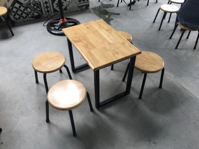 Bàn ghế gỗ khung sắt