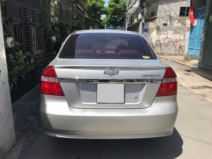 Cần bán xe Chevrolet Aveo 2017 màu xám bạc số sàn