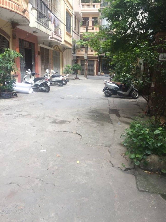 Bán nhà đẹp ở ngay Nguyễn An Ninh, KD Đỉnh, Ô tô tránh, 55m2