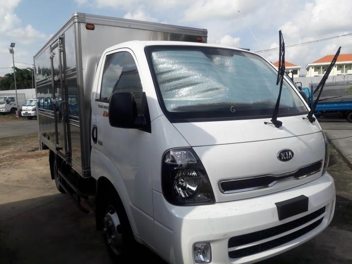 xe tải  ĐC Hyundai 2018 tải trọng 2 tấn Euro4 tại Bình Dương giá tốt 2