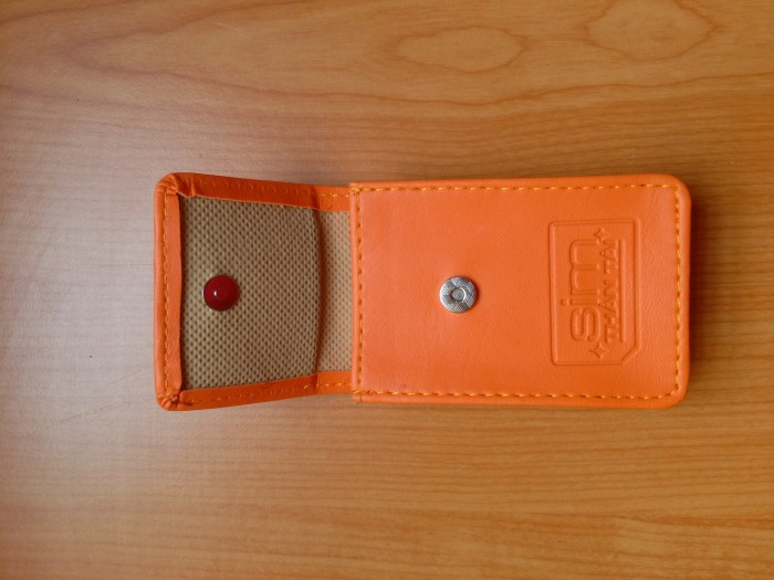 Sản xuất ví nam nữ giá rẻ, ví name card, ví pass port, thẻ đeo, móc khóa, thẻ đeo