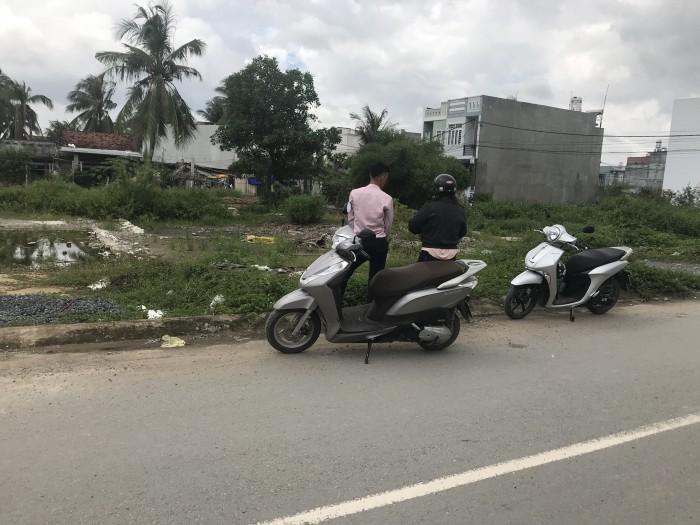 Đất cách MT Nguyễn Xiển 50m khu kinh doanh sầm uất