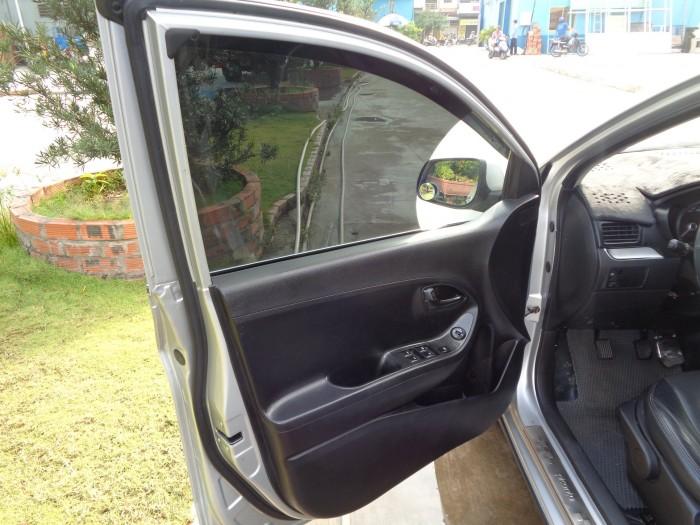 Cần bán xe Kia Morning 1.2MT 2014 màu bạc mâm đúc
