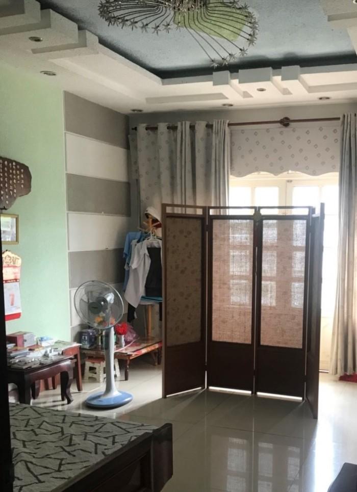 Bán nhà mặt tiền đường số 47 Phường Tân Quy Quận 7- nhà 1 trệt 3 lầu