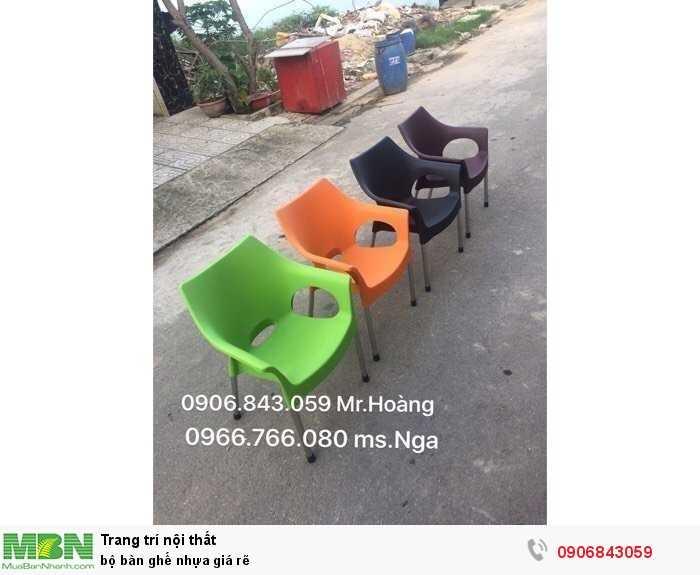 Bộ bàn ghế nhựa giá rẽ2