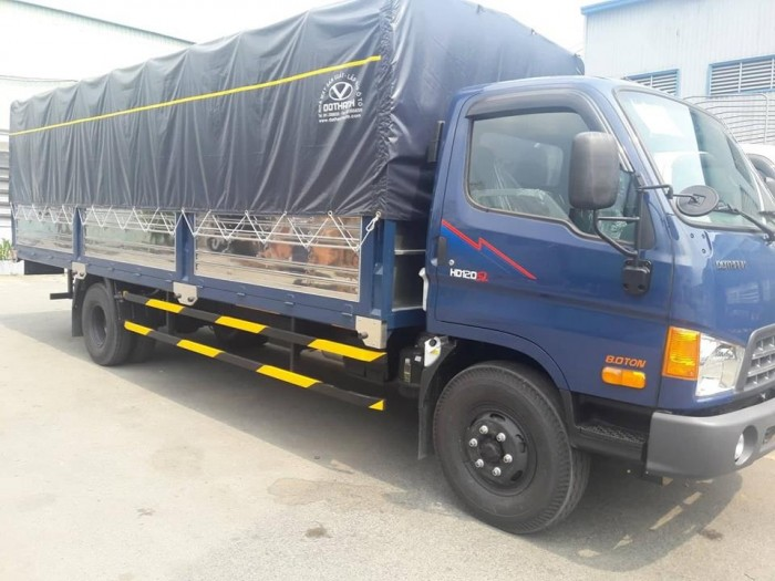 Mua trả góp xe tải Hyundai HD120SL 8 tấn thùng mui bạt, tặng phí trước bạ,trả trước chỉ 100 triệu giao luôn xe - Gọi 0931777073 (Mr Hồng 24/24)