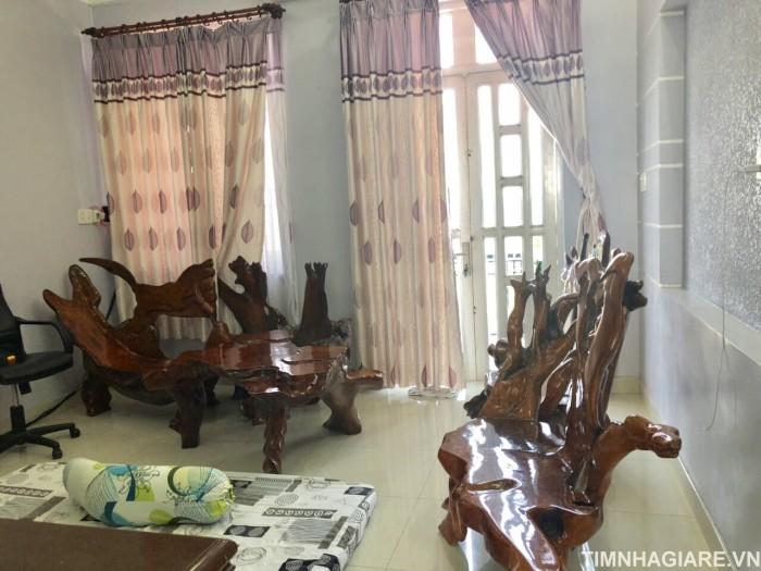 Bán nhà mặt tiền đường Huỳnh Tấn Phát, Phú Xuân, Nhà Bè, DT 5m x 18m, gồm lửng, 3 lầu, sân thượng