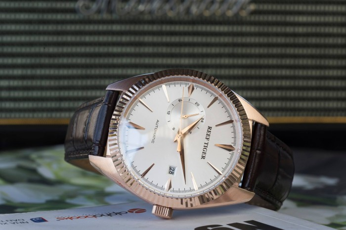 Đồng hồ nam REEF TIGER RGA16160