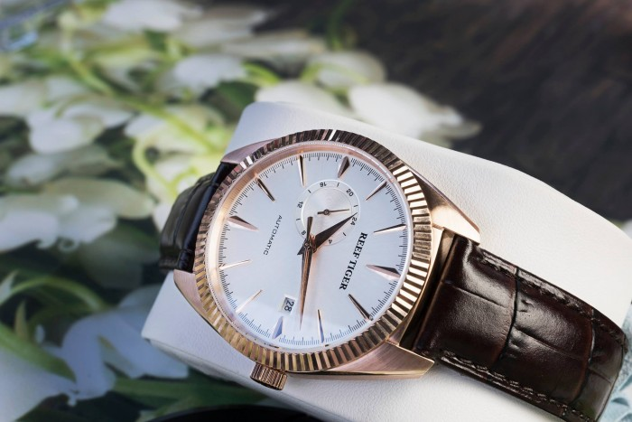 Đồng hồ nam REEF TIGER RGA16163