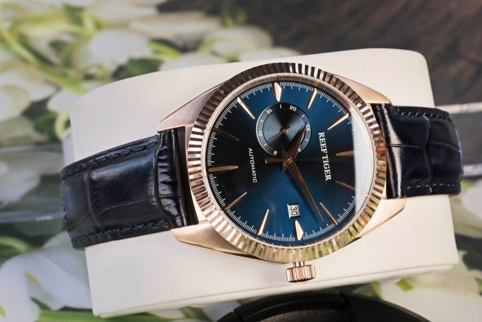 Đồng hồ nam REEF TIGER RGA16162