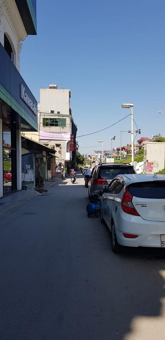 Bán nhà mặt phố Âu Cơ-Nghi Tàm,bên lẻ,Dt110m2x5T,Mt8m