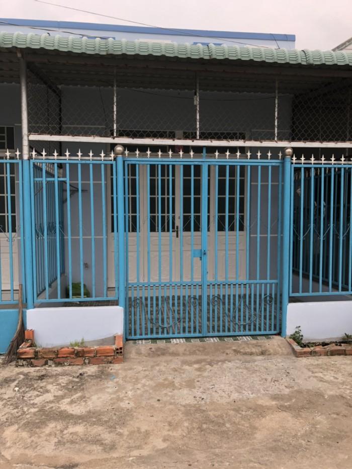 Bán 2 căn nhà cấp 4 liên kề xây dựng kiên cố 203m2, Xã Mỹ Lộc, gần ngã ba Tân Kim cách TP HCM 30km