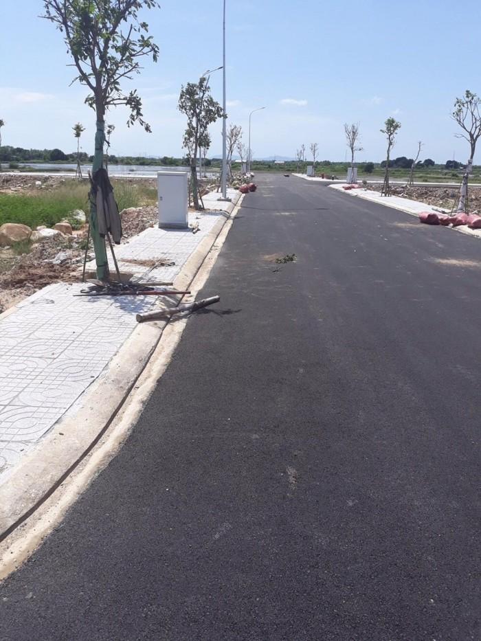 Cơ hội đầu tư Vàng 750tr đất TT Bà Rịa VT, ngau cổng chào Long Hải đón đầu các hướng du lịch