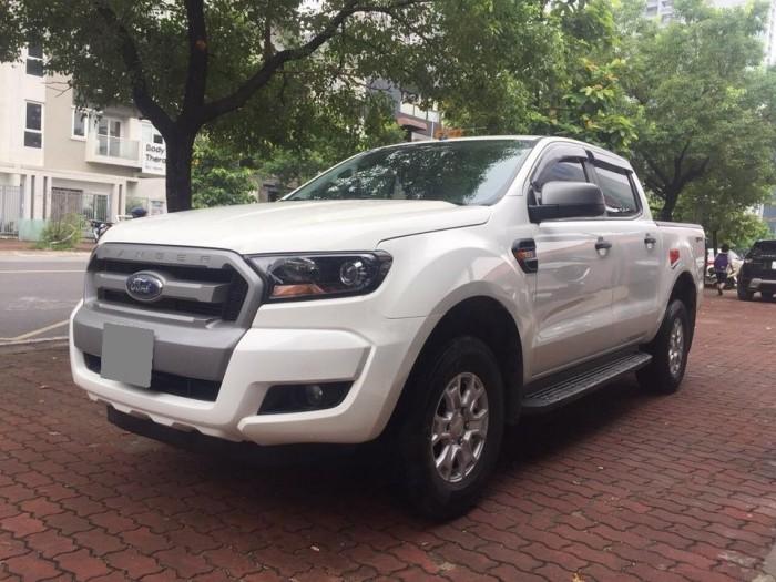 Bán Ford Ranger tự động 2016 màu trắng mạnh mẽ. 4