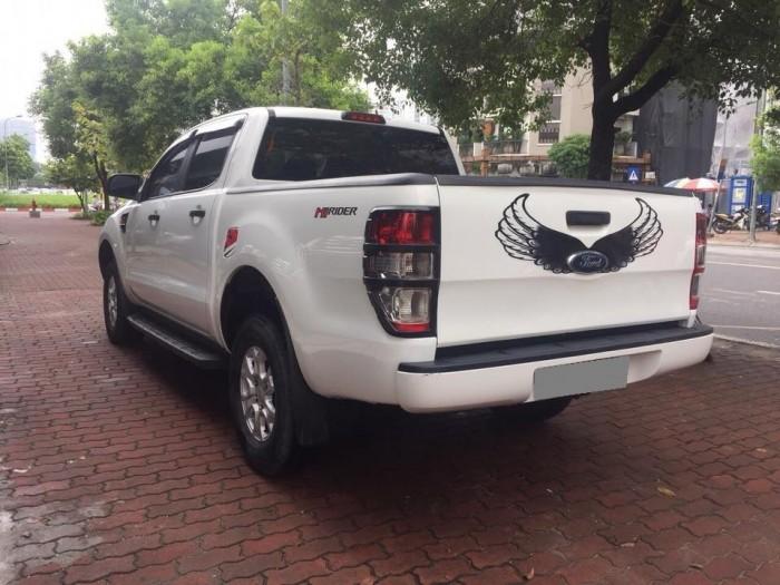 Bán Ford Ranger tự động 2016 màu trắng mạnh mẽ. 0