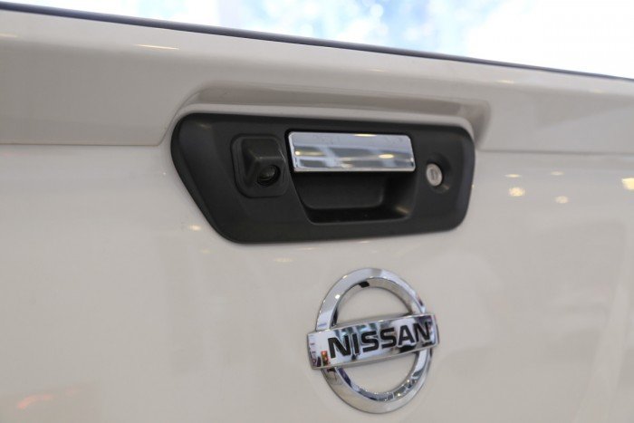 Nissan Navara VL Premium R 2018 Màu Trắng