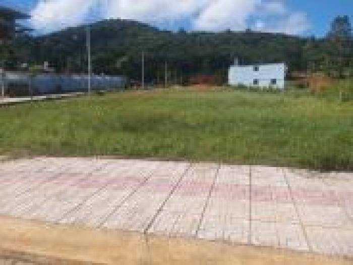 Bán đất Cửa Dương, Dt 108m2 có SHR, đường rộng 8m.