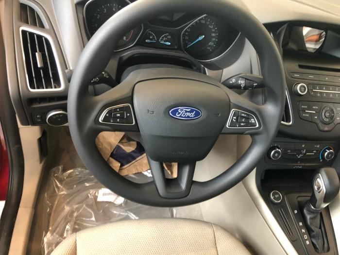 Giá xe Ford Focus Trend 1.5L 4 cửa, số tự động, trả trước 150 triệu có xe ngay tại Ford Gia Định