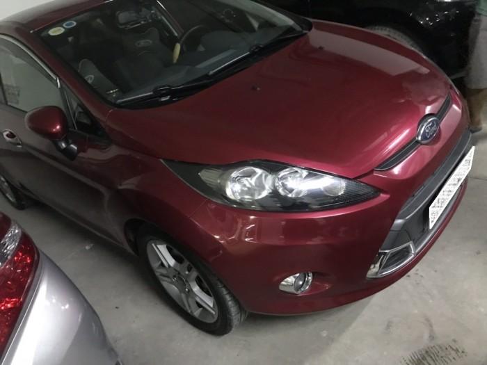 Gia đình cần bán Ford Fiesta 2012, số tự động, máy 1.5, màu đỏ cực đẹp.