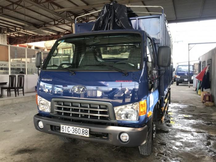 Giá xe tải Hyundai HD120S 8 tấn thùng inox chở gạch 12 bửng, trả trước 150 triệu là có xe giao tại Hyundai Vũ Hùng