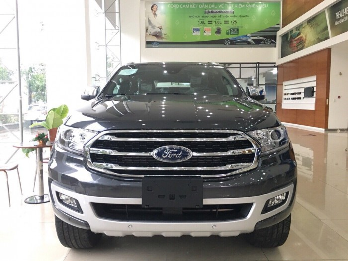 Ford Everest 2019 Bi-Turbo - Tặng 1 năm bảo hiểm tại Ford Gia Định, trả trước 300 triệu có xe giao ngay