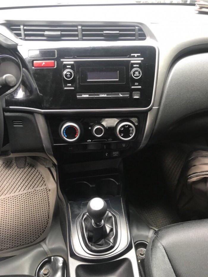 Cần bán xe Honda City 2016 số sàn màu xám xịn