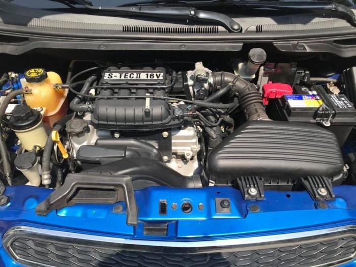 Cần bán xe Chevrolet Spark LTZ 2015 tự động màu xanh dương