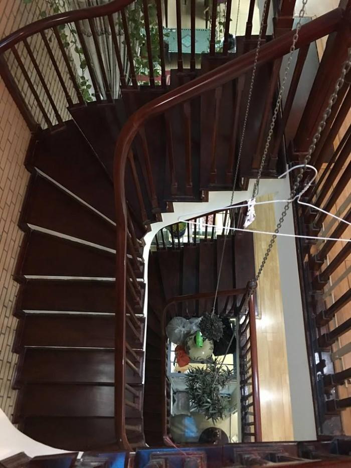 Bán nhà mặt phố Bùi Thị Xuân,73m x 5 tầng,địa điểm đẹp để kinh doanh