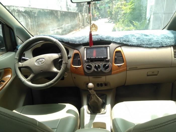 Bán nhanh xe Toyota Innova G 2010 số sàn màu bạc 8
