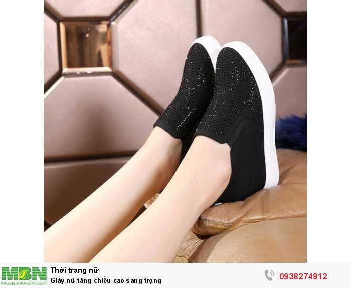 Giày nữ tăng chiều cao sang trọng1