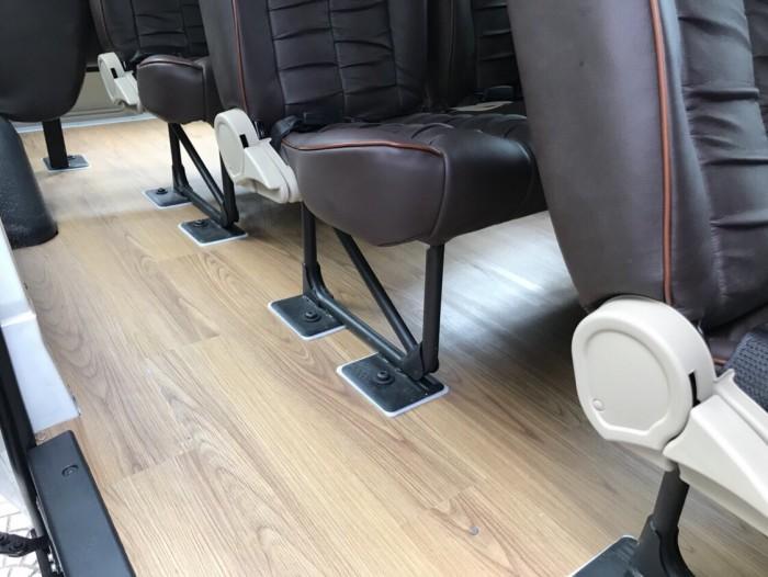 Sàn gỗ xe Ford Transit SVP Limited 2019 16 chổ, trả trước 250 triệu, có xe giao ngay tại Ford Gia Định - Gọi 0966877768 (MrHải 24/24)