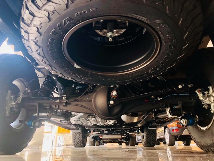 [12] Ford Ranger Raptor 2019, màu xanh dương, trả trước 300 triệu có xe giao ngay tại Gia Định Ford