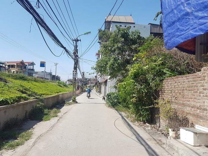 Bán nhà Nguyễn Khoái mặt phố 600m 12MT C4