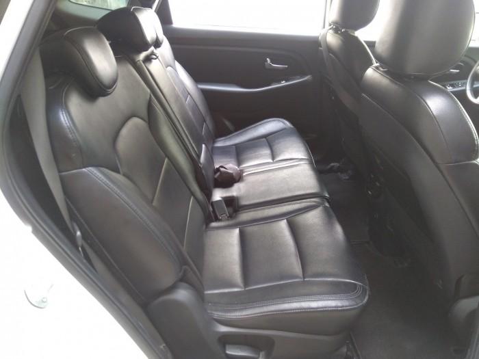Cần bán xe Kia Rondo 2017 số tự động 5
