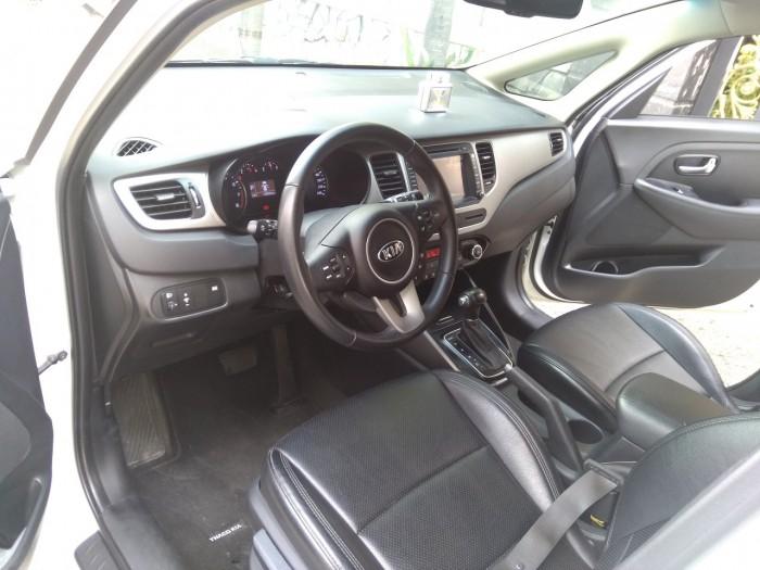 Cần bán xe Kia Rondo 2017 số tự động 6