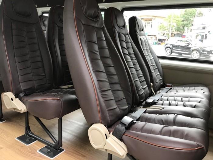Ford Transit Luxury Limited 2019, trả trước 250 triệu, có xe giao ngay tại Ford Gia Định 9