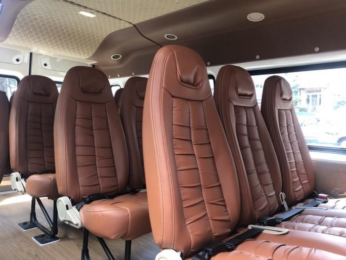 Ford Transit Luxury Limited 2019, trả trước 250 triệu, có xe giao ngay tại Ford Gia Định 6
